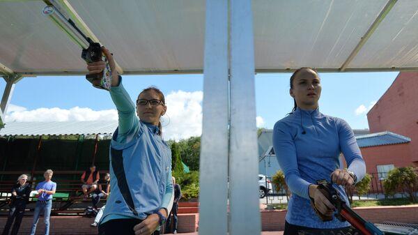 Екатерина Хураськина и Алисэ Фахрутдинова (слева направо)