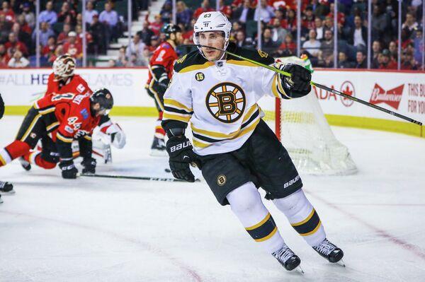 Нападающий клуба НХЛ Бостон Брюинз Брэд Маршанд