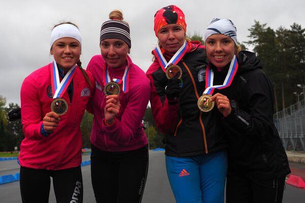 Кристина Резцова, Екатерина Мошкова, Екатерина Шумилова и Инна Смирнова (слева направо)