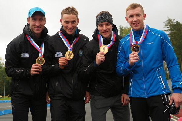 Слева направо: Евгений Боярских, Петр Пащенко, Семен Сучилов и Алексей Волков Алексей Волков