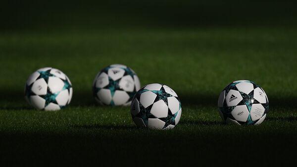 Официальные мячи Лиги чемпионов УЕФА