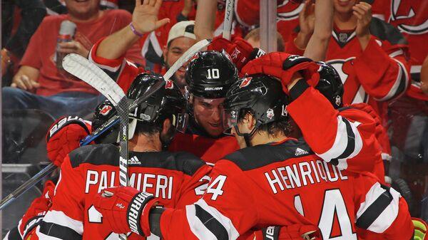 Хоккеисты клуба НХЛ Нью-Джерси Девилз