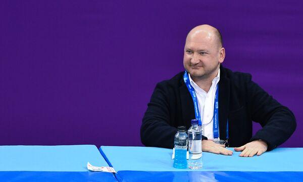 Тренер российского фигуриста Дмитрия Алиева Евгений Рукавицын