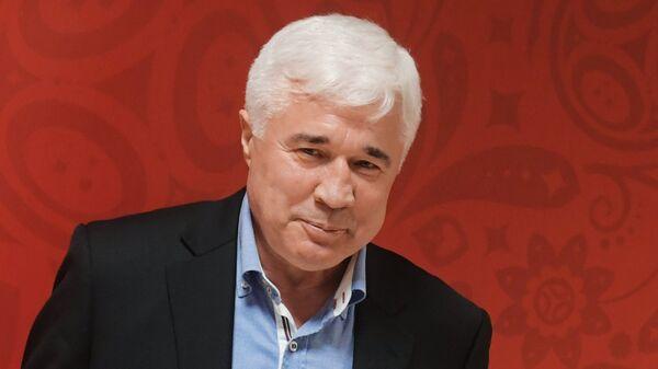 Футбольный обозреватель Евгений Ловчев