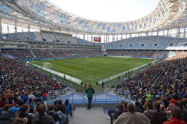Матч ФНЛ между командами Олимпиец и Зенит-2 на стадионе Нижний Новгород