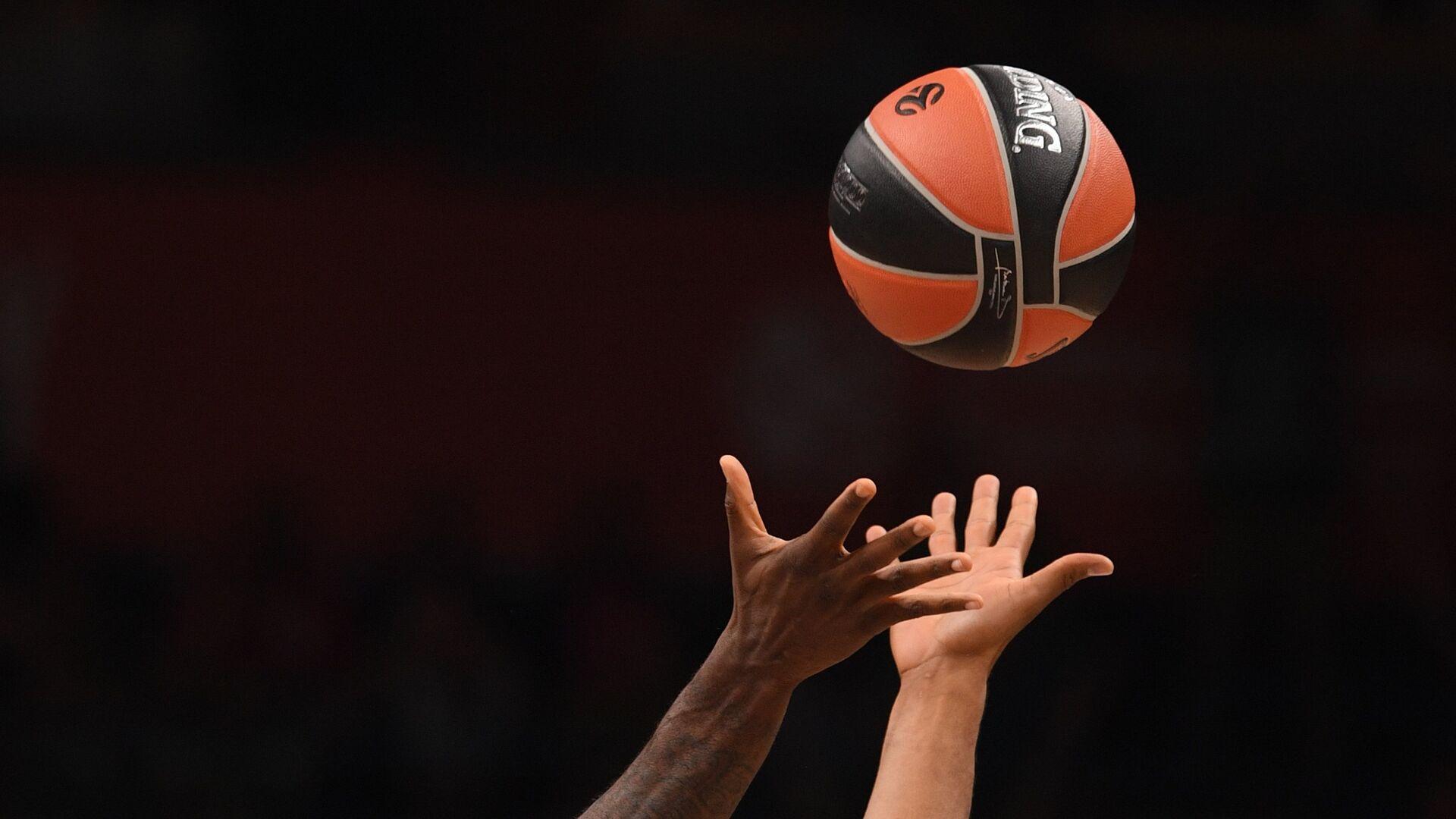 Баскетбольный мяч - РИА Новости, 1920, 30.05.2021