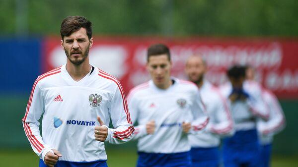 Футболист сборной России Александр Ерохин
