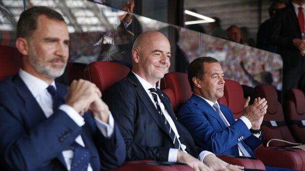 Премьер-министр РФ Д. Медведев посетил матч ЧМ-2018 между сборными России и Испании