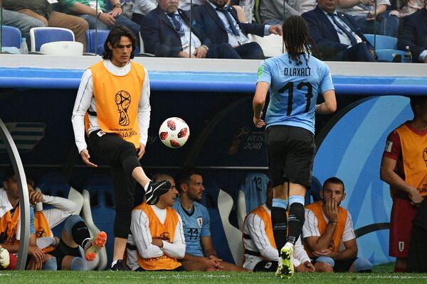 Футболисты сборной Уругвая Эдинсон Кавани и Диего Лаксальт (слева направо)