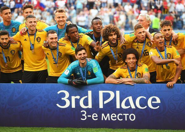 Награждение сборной Бельгии бронзовыми медалями ЧМ-2018