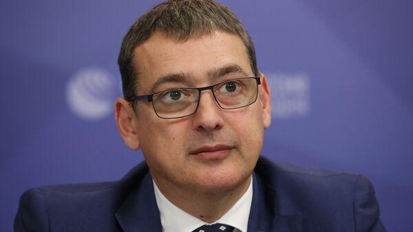 Главный тренер сборной России по фехтованию Ильгар Мамедов