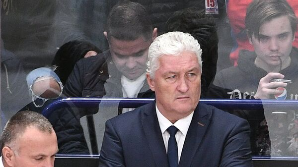 Главный тренер сборной Чехии Милош Ржига (в центре)