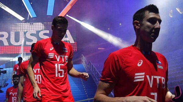 Волейболисты сборной России Дмитрий Волков и Виктор Полетаев  (справа налево)