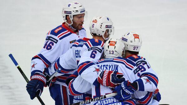 Хоккеисты СКА Владислав Гавриков, Патрик Херсли, Павел Дацюк и Никита Гусев (слева направо)