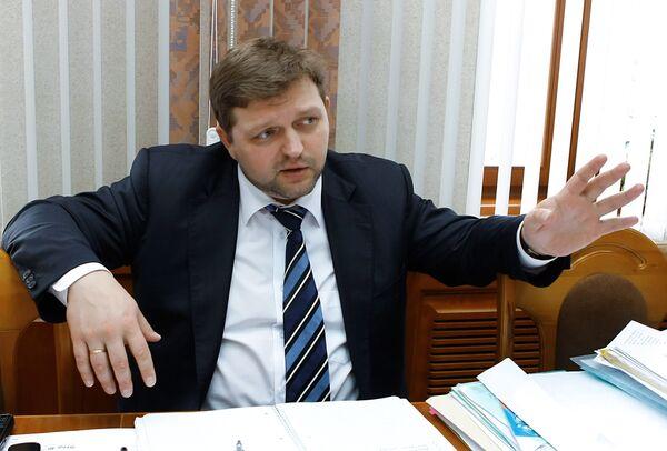 Губернатор Кировской области Никита Белых во время интервью