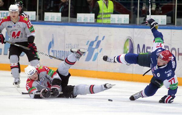 Игровой момент матча СКА (Санкт-Петербург) - Металлург (Москва)