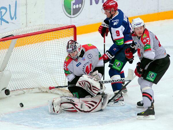 Игровой момент матча СКА (Санкт-Петербург) - Металлург (Новокузнецк)