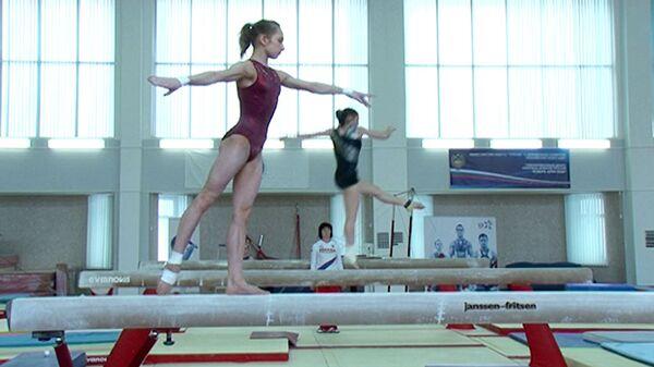 Российские гимнастки готовят прыжок в 2,5 винта к Олимпиаде-2012