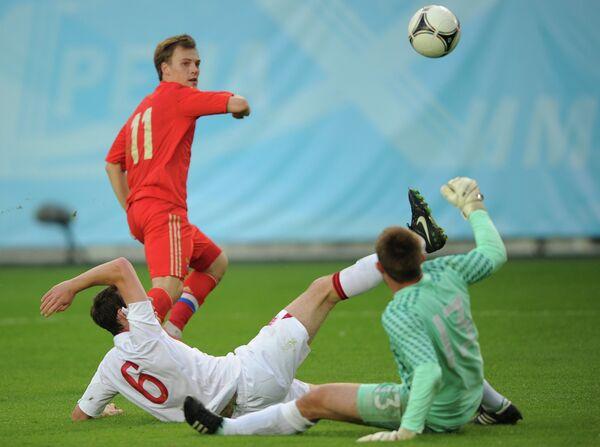 Игровой момент матч Россия - Англия