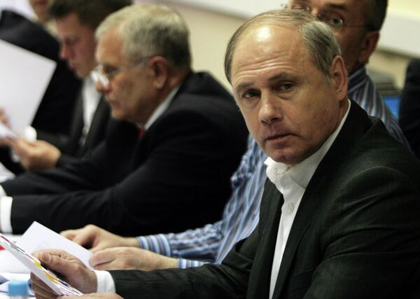 Валерий Белецкий (на первом плане)