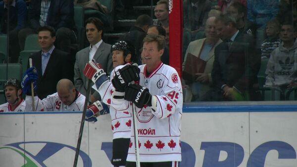 Павел Буре забил шайбу в пустые ворота на матче звед мирового хоккея