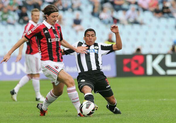 Игровой момент матча Удинезе - Милан