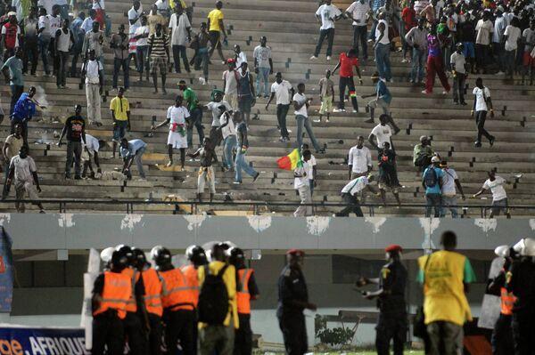 Беспорядки на матче Сенегал - Кот'д'Ивуар