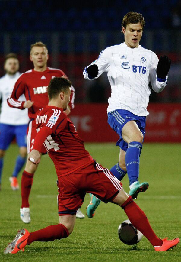 Игровой момент матча Мордовия - Динамо