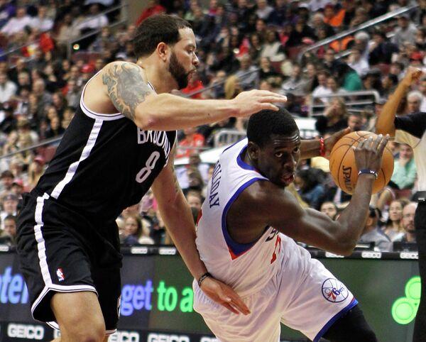 Игровой момент матча НБА Бруклин Нетс - Филадельфия Сиксерс