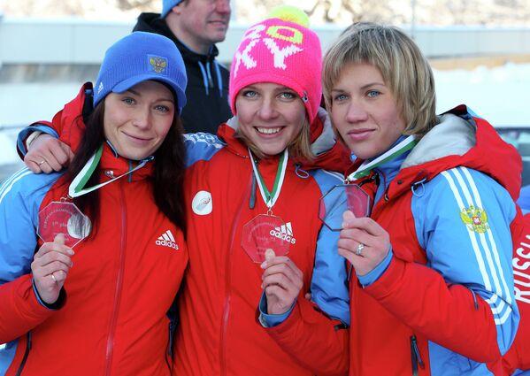 Ольга Потылицына, Елена Никитина и Мария Орлова (слева направо)