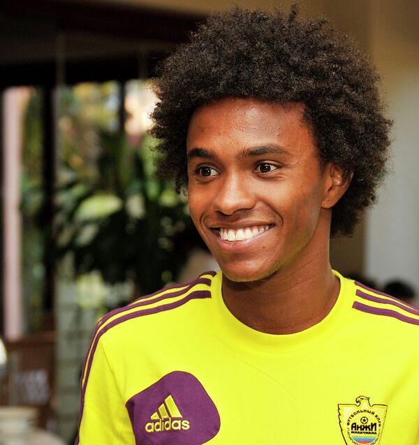 Бразильский полузащитник футбольного клуба Анжи Виллиан