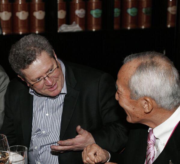 Томас Штэрцель (слева
