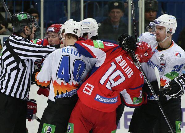 Евгений Кетов, Микелис Редлихс, Линус Виделль (слева направо)