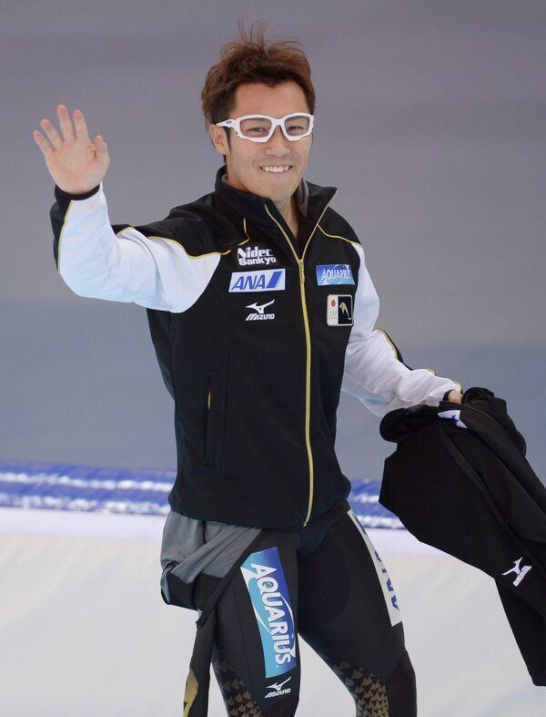 Ёдзи Като