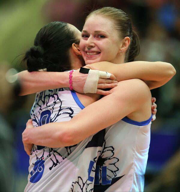 Светлана Сурцева (слева) и Екатерина Осичкина