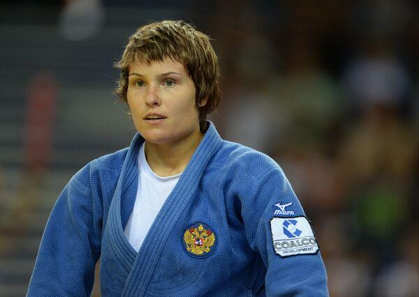 Наталья Кузютина после победы в финальной схватке на Универсиаде