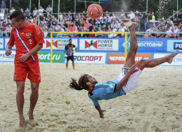Игровой момент матча между сборными командами России и Испании