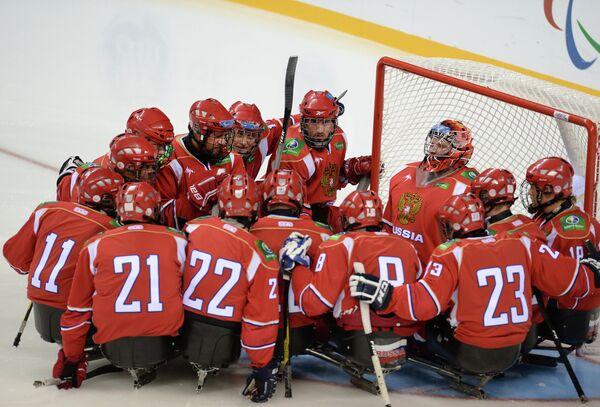 Игроки сборной России следж-хоккею