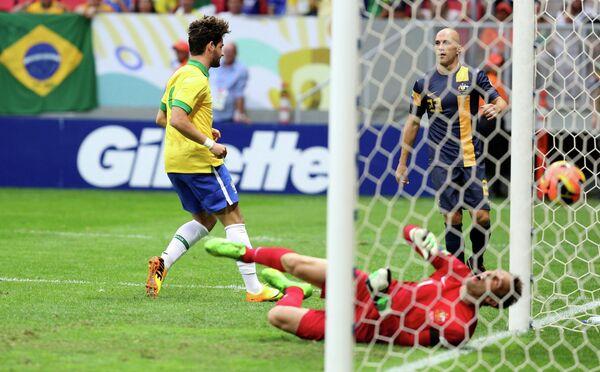Игровой момент матча Бразилия-Австралия