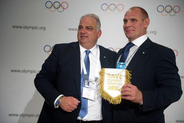 Ненад Лалович (слева) и Александр Карелин