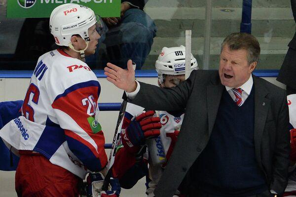 Петр Воробьев руководит своей командой
