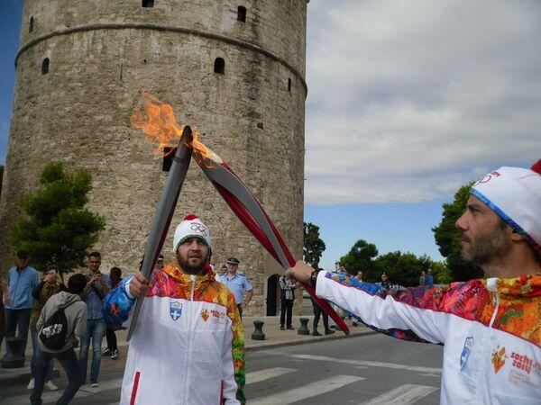 Эстафета огня XXII зимних Олимпийских игр 2014 года в Сочи в четвертый день на территории Греческой Македонии