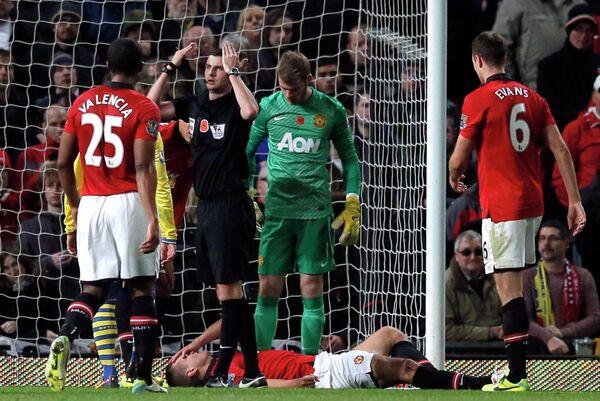 Игровой момент матча Манчестер Юнайтед - Арсенал