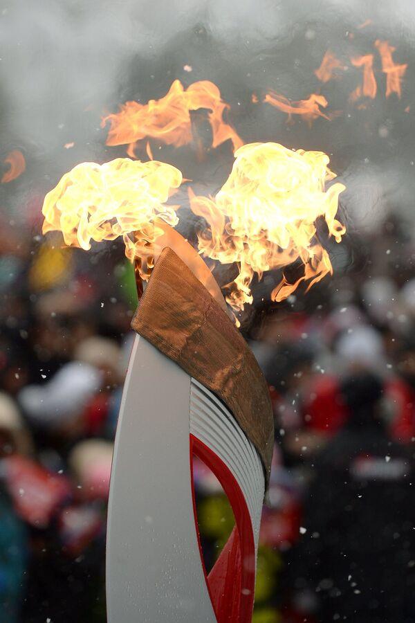 Факел эстафеты олимпийского огня в Биробиджане
