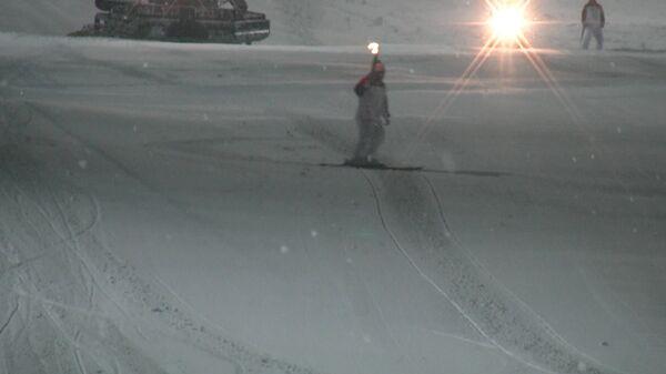 Огонь ОИ прокатили на ратраке и горных лыжах в  Красноярском крае
