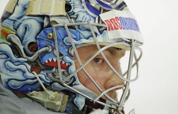 Вратарь сборной России по хоккею Семен Варламов