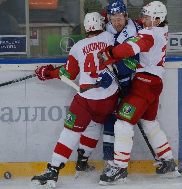Роман Кудинов, Максим Пестушко и Сергей Розин (слева направо)