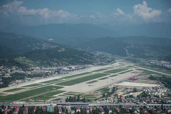 Вид на аэропорт Сочи