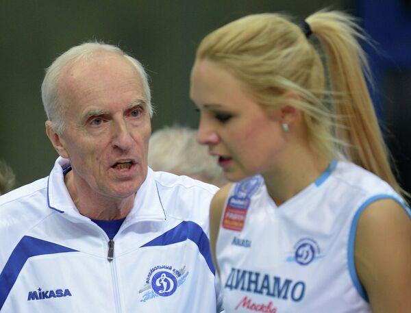 Леонид Зайко и игрок ЖВК Динамо Юлия Морозова (слева направо)