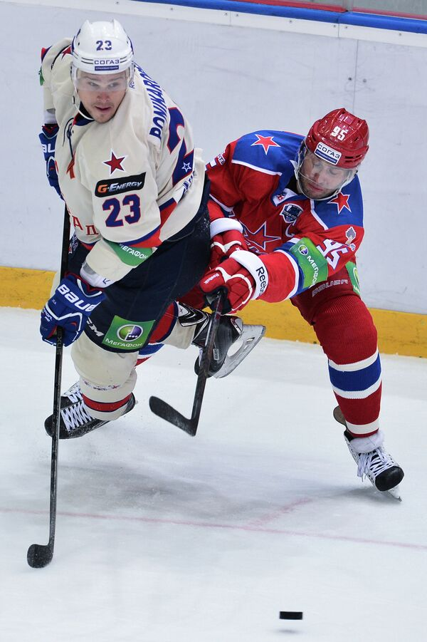 Алексей Морозов (справа) и Алексей Поникаровский